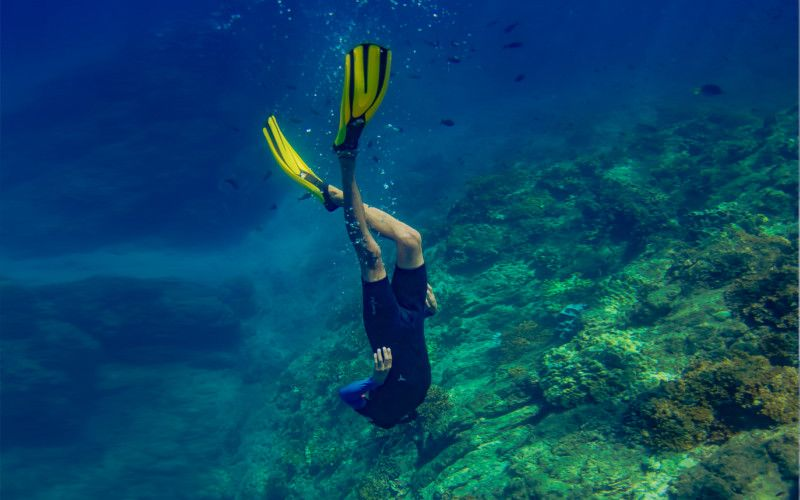 Free diver snorkeling at Caño Island