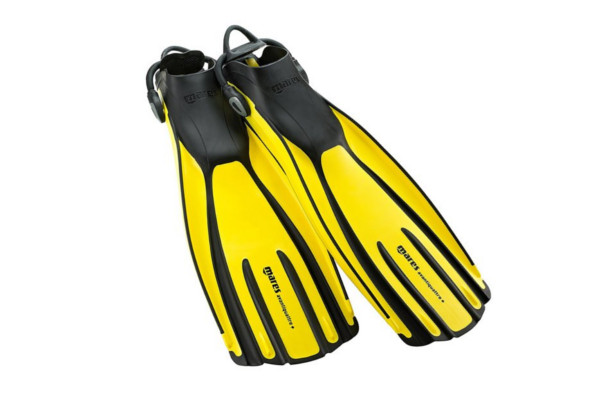 How to choose the best scuba diving fins