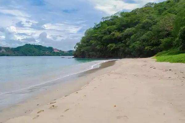 Snorkeling in Guanacaste Ocotal