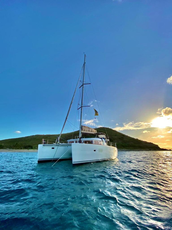 Catamaran Tour Costa Rica Caño Island
